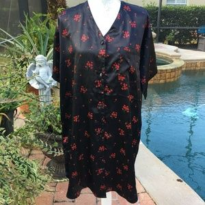 Vanity Fair Button Front Short Sleeve Gown/ Robe